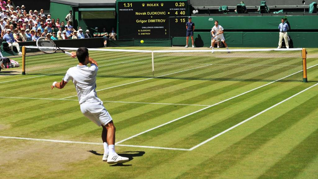 Djokovic and Dimitrov playing on centre court