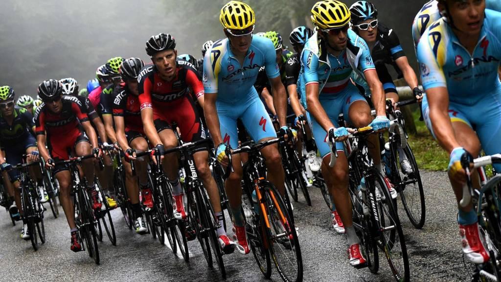 Tour de France leader Vincenzo Nibali among the pack