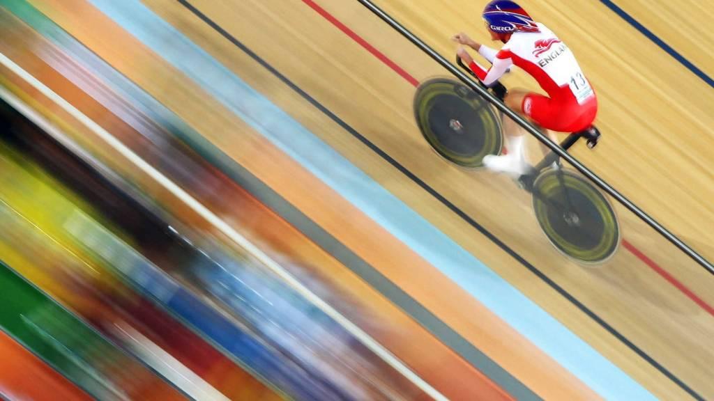 Glasgow 2014: English paralympic cyclist Sarah Storey