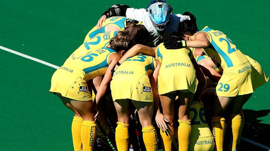 Australia's women hockey team huddle
