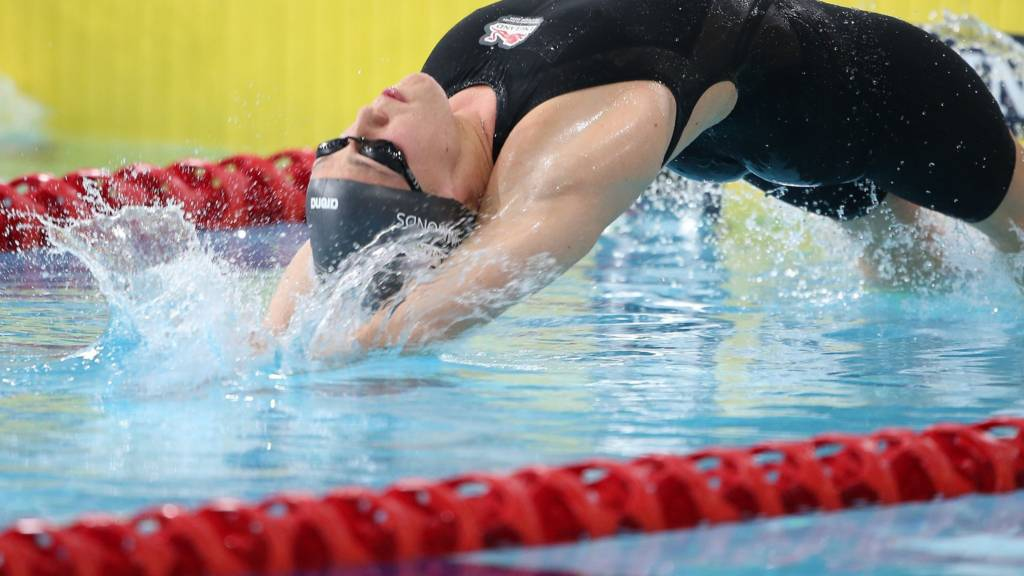 Lizzie Simmonds of England in the women's backstroke at the Glasgow Commonwealth Games