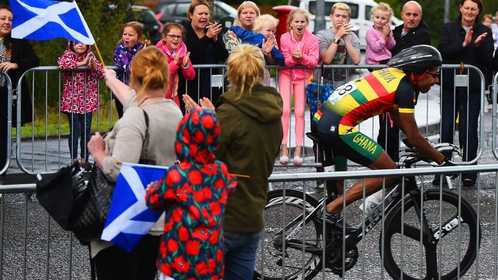 Ghana's Christopher Symonds is cheered on by spectators