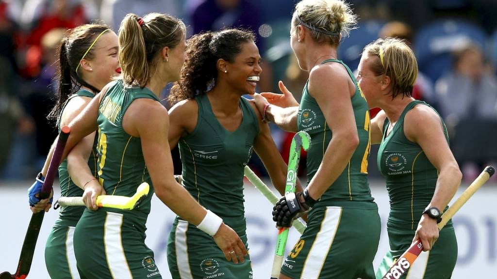 South Africa hockey players celebrate at Glasgow 2014