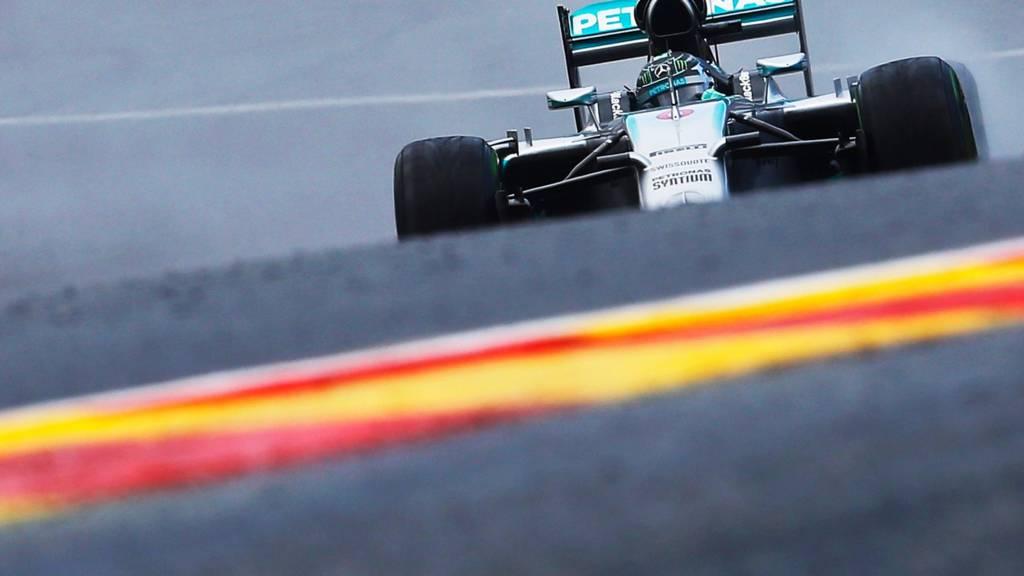 Nico Rosberg starts on pole at the Belgian Grand Prix