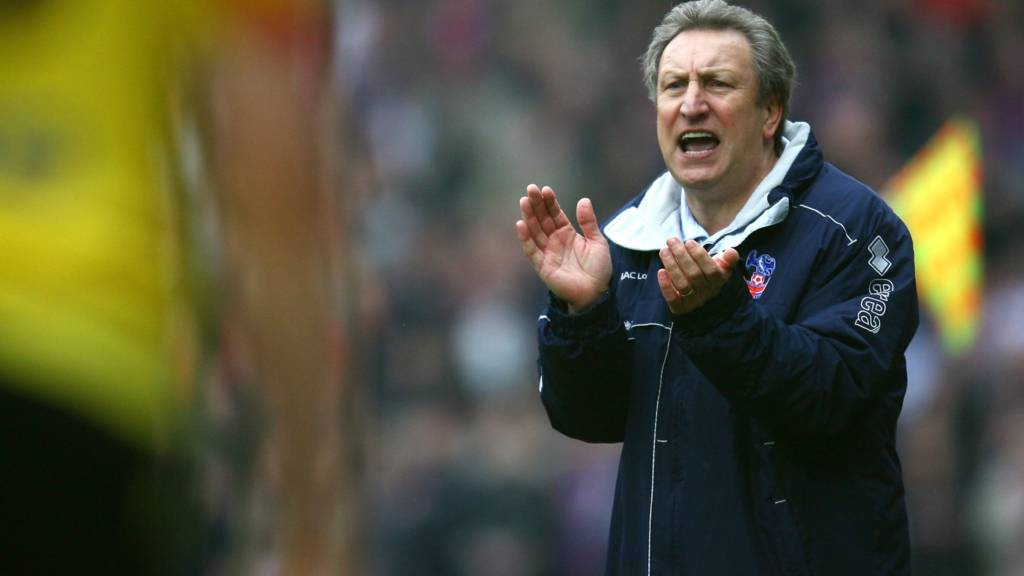 Crystal Palace appoint Neil Warnock as new manager