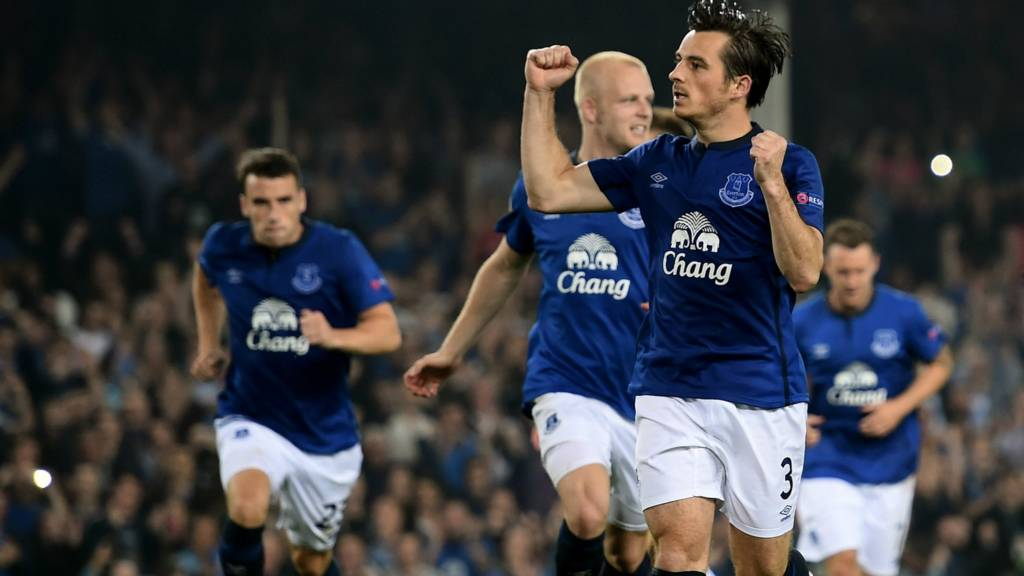 Leighton Baines of Everton celebrates