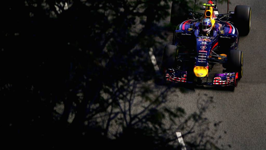 Red Bull driver Daniel Ricciardo takes on the Singapore street circuit