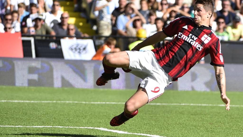 Fernando Torres playing for AC Milan