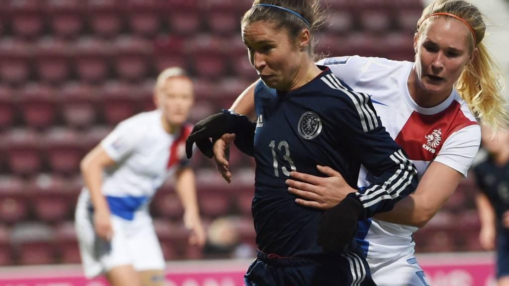 Scotland's Jane Ross (front) holds off Holland's Desiree van Lunteren