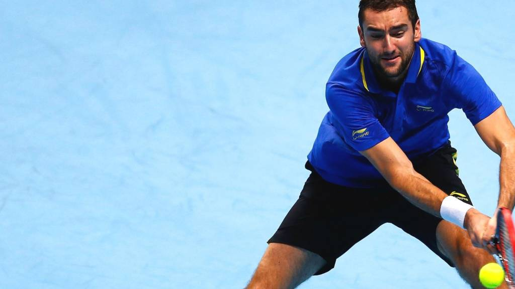 Marin Cilic hits a backhand