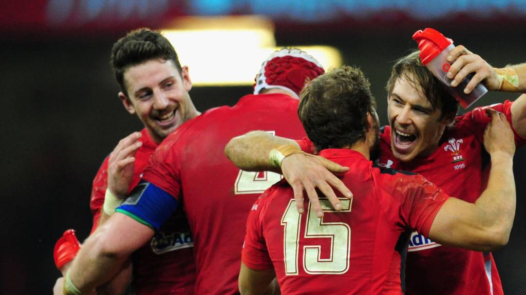 Wales players celebrate after beating South Africa