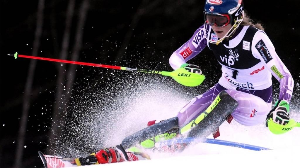 Mikaela Shiffrin on the slope