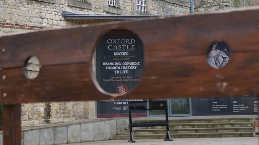 Oxford Castle through stocks