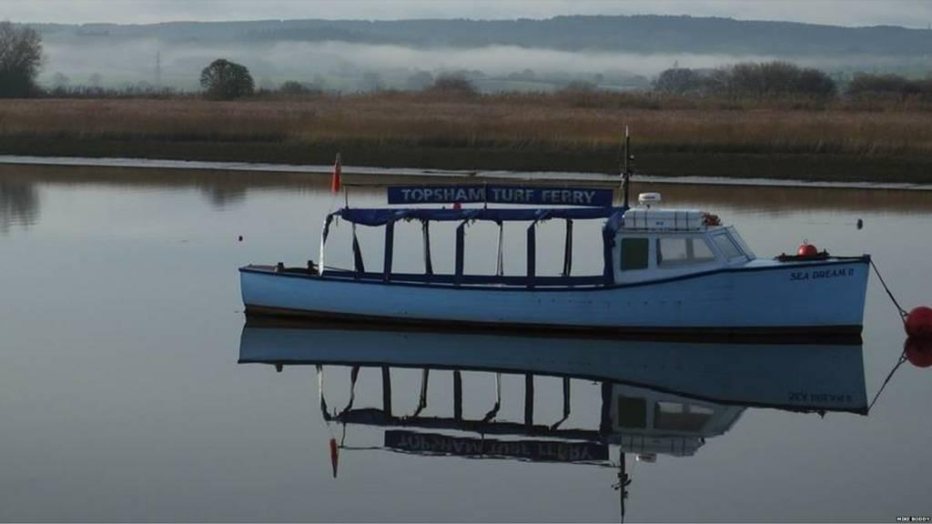 Topsham estuary and ferry