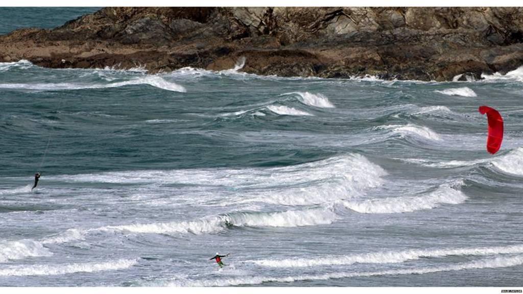 Crantock kite surfers