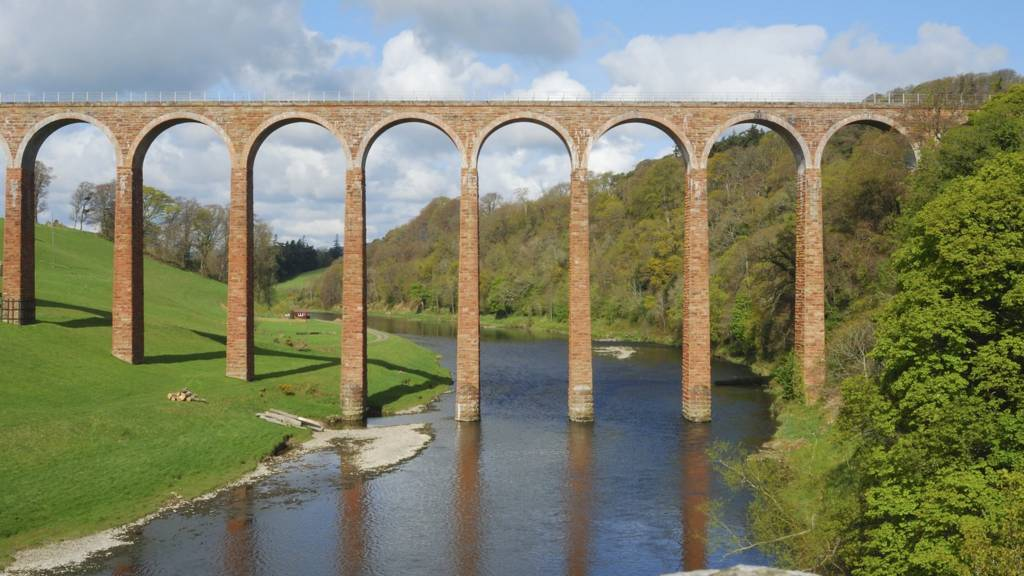 Viaduct over River Tweed near Melrose
