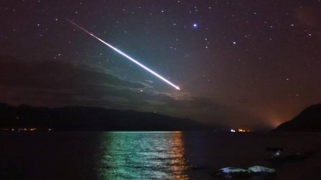Meteor photographed from Loch Ness