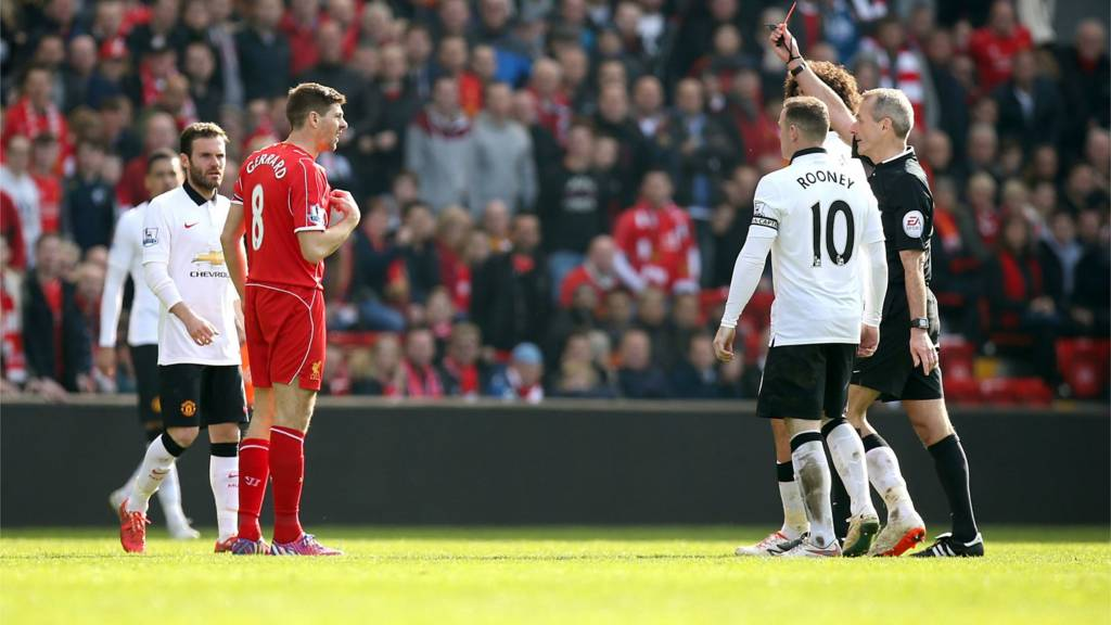 Steven Gerrard receives a red card