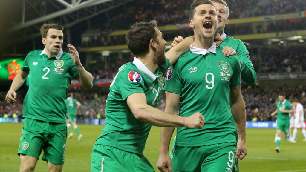 Shane Long is congratulated by his team mates