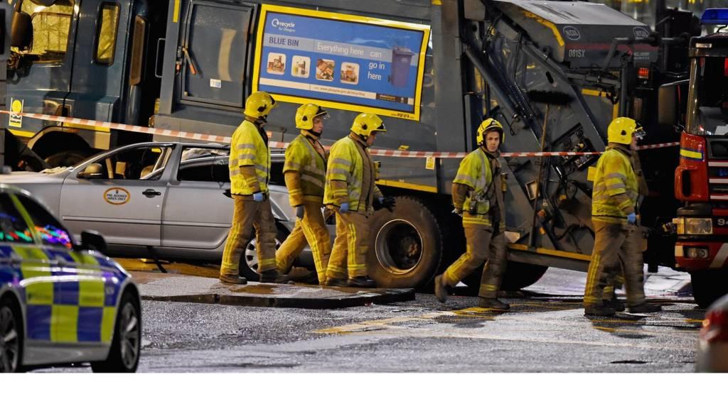 Scene of fatal bin lorry crash in Glasgow