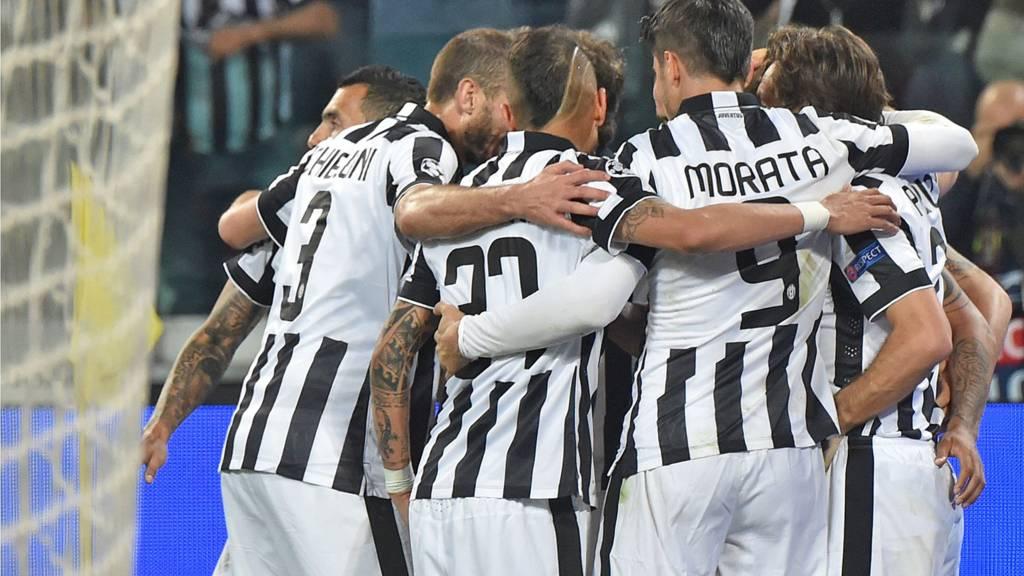 Juventus players celebrating