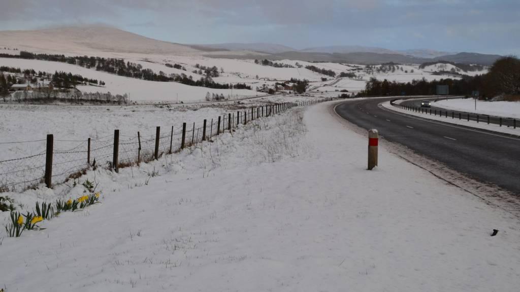 Snow at Daviot in Highlands