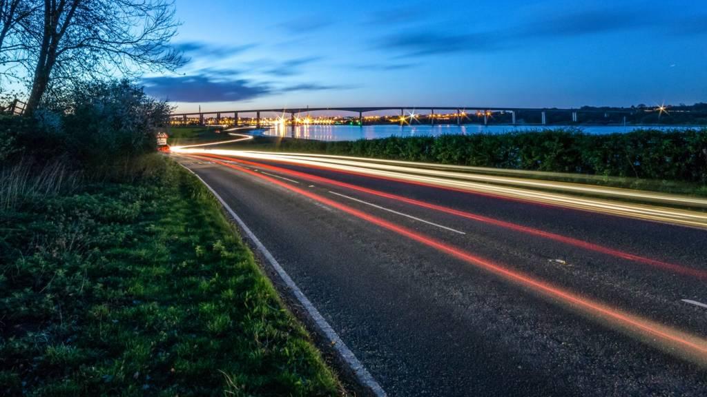 Orwell Bridge at night