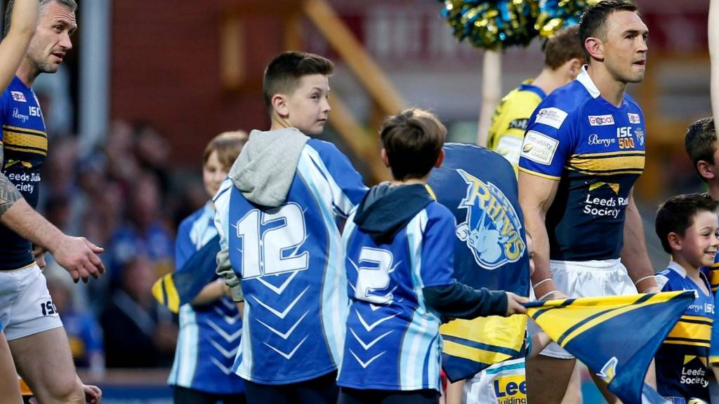 Kevin Sinfield leads the Rhino's out