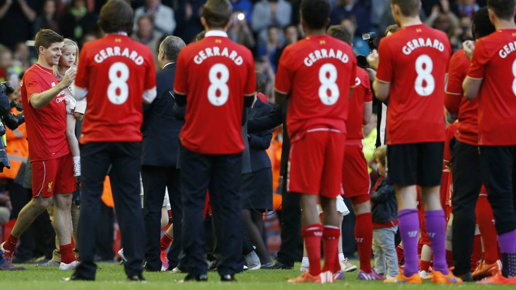 Gerrard walks out to his team mates