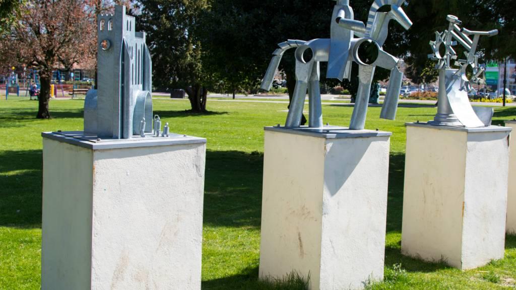 Sculptures in Grove Park, Dunstable
