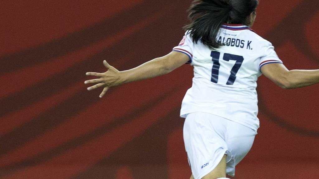 Karla Villalobos celebrates