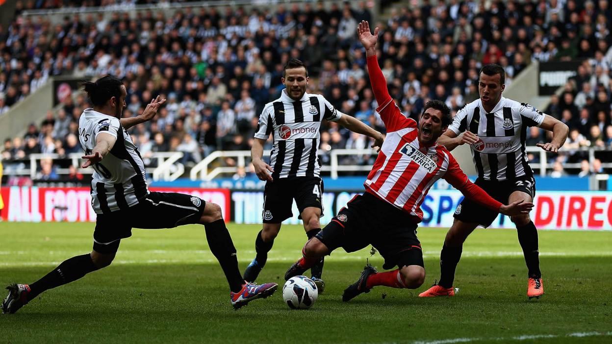 Newcastle United play Sunderland