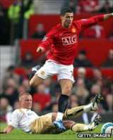 Lee Cattermole tackles Cristiano Ronaldo