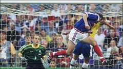 Rafael Benitez sacked, Zinedine Zidane, transfer news - BBC Sport