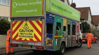 Recycling collection lorry in Torquay