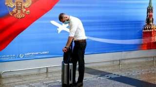 Пассажир в аэропорту Шереметьево