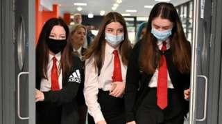 School pupils in masks in Glasgow.