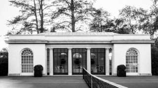 Black and white image of the White House tennis pavilion that appears on the Flotus twitter account