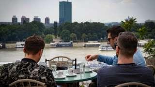 Više od trećine nezaposlenih mladih je iz regiona Centralne i Zapadne Srbije