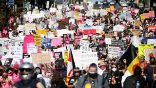 Los Angeles'ta kürtaj hakkı için yapılan eylem.
