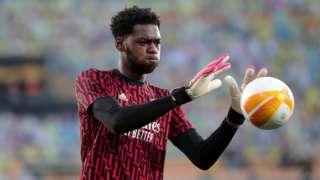 Arsenal goalkeeper Arthur Okonkwo