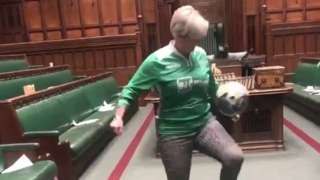 Hannah Bardell doing keepy-uppy in chamber