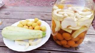 ананаси з кабачка