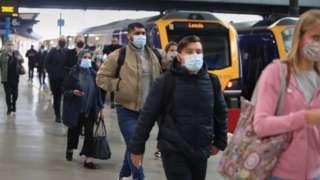 Demiryolları 1990'larda özelleştirildiğinden beri bütün hükümetlerin başını ağrıtan bir konu oldu