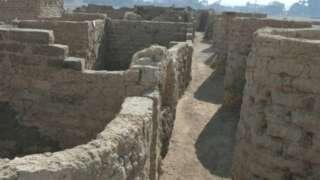 எகிப்தில் கண்டறியப்பட்ட பழையான நகரம்