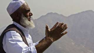 Muslim pilgrim rophet Muhammad received the revelation of the holy Muslim book the Koran, on January 2, 2006 on top of Jebel al-Noor (Mount of Light in Arabic) on the outskirts of city of Mecca, Saudi Arabia.