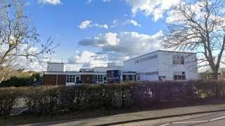 Hunnyhill Primary School