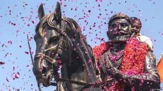 शिवाजी महाराजांचा पुतळा