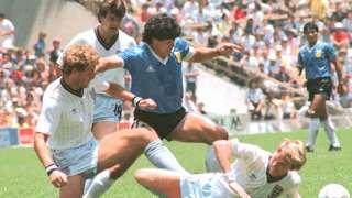 फिफा वर्ल्ड कप 1986, मॅराडोना, हँड ऑफ गॉड