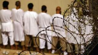 Pese a las polémicas que la rodean, la prisión de Guantánamo sigue albergando prisioneros.